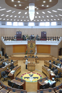 Lawmakers meet during a session of Parliament in Accra, Ghana, June 16, 2006 © Jonathan Ernst/World Bank