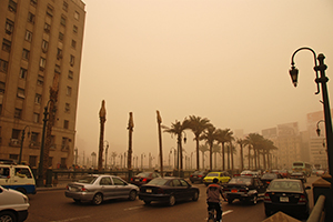 Traffic and pollution, Cairo, Egypt. © Kim Eun Yeul / World Bank